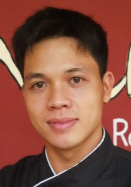 Phạm Văn Vinh is working at Chanh Bistro